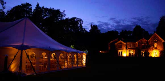Illuminated traditional style marquee