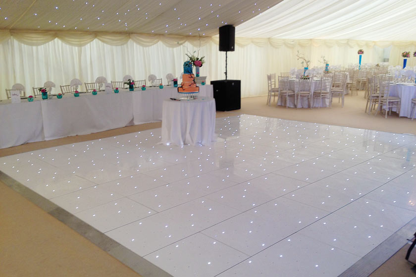 Unique Wedding Marquee with quirky details : dancetoptable2big from www.countymarquees.com size 840 x 559 jpeg 61kB