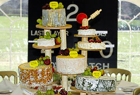 The cheesestand, central element of the marquee theme