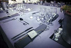 Simple elegant table decoration