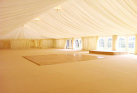 Plain marquee before the decoration
